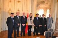 Bộ trưởng Đinh La Thăng thăm và làm việc với Bộ trưởng Bộ GTVT vùng Flanders - Bỉ